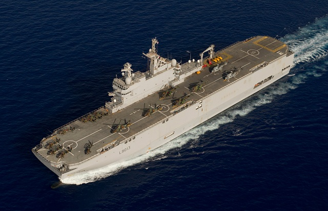 The Indian Navy has launched a request for proposal to build four large projection vessels with dual helicopter carrier and amphibious role. Indian shipyards were consulted but they had no design to propose. Indian Navy is therefore contacting foreign partners to for proposals.