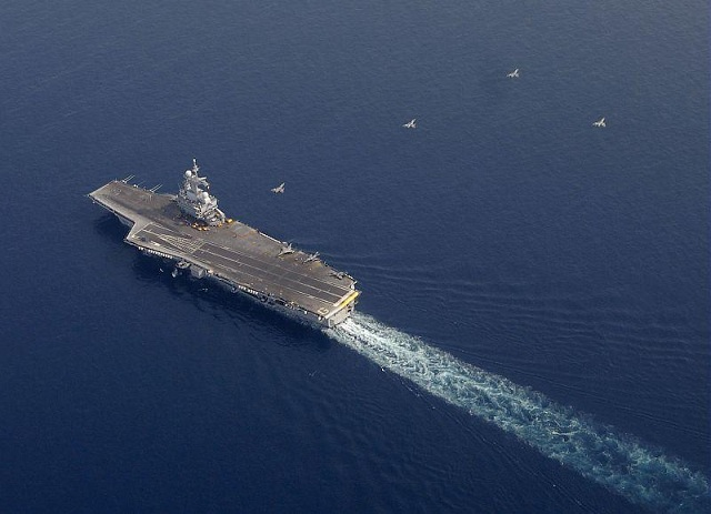 The aircraft carrier Charles de Gaulle set sail Friday, March 16, 2012 for one month deployment in the Mediterranean Sea. Program: training and rise to power.