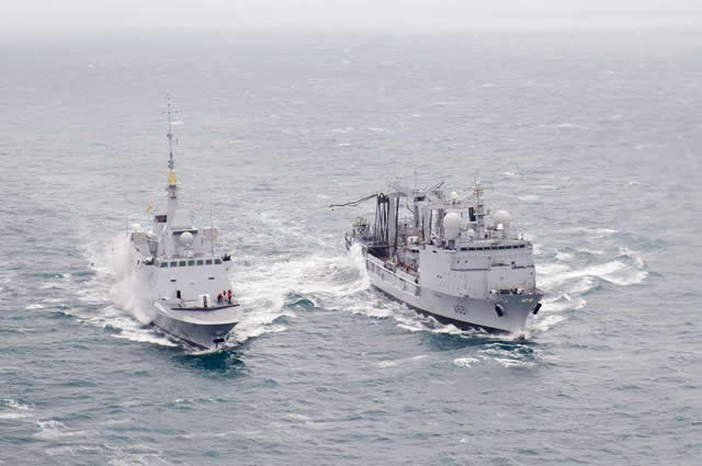 On January 22, 2013 French Navy Frigate Aquitaine, first ship in the new class of FREMM Frigates conducted its first Underway Replenishement (UNREP)/Replenishment at Sea (RAS) while participating in a naval exercise involving two more Frigates and a Durance class AOR.