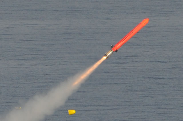 First qualification firing of the NCM in the submarine configuration (June 2014). Barracuda configuration. Picture: MBDA/DGA