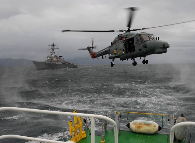 AgustaWestland is pleased to announce that the Brazilian Navy's Naval Aviation has signed a contract for a major midlife upgrade of eight Lynx Mk21A helicopters. The contract, valued in excess of US$160 million (€117 million), includes replacement of the aircraft's engines with the CTS800-4N product from LHTEC, navigation, displays suite and mission avionics. A comprehensive support and training package that includes a Flight Training Device is also included in the contract.