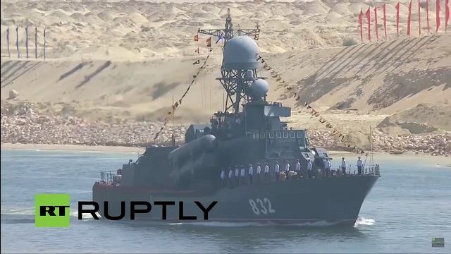 Egypt continues to strengthen its navy at an impressive pace: Following the recent delivery of two Ambassador MK III FMC from the United States, the procurement of a FREMM Frigate from France (plus four Gowind class corvettes on order), news has emerged that the Egyptian Navy just procured the Tarantul class missile corvette P-32 (Project 12421 Molniya) from Russia.