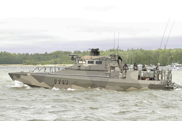 The multipurpose and fast Jehu class represents the newest capacity of the Navy. The ships can be used for troop transports, medical and evacuation tasks, landing, sea surveillance and escorting tasks, as well as for battle and battle support missions. The Jehu boats can be used both in the archipelago and coastal areas and on the high seas.