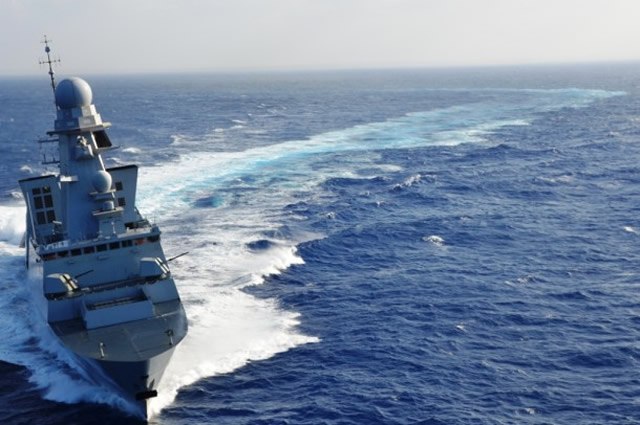 Armée Française / French Armed Forces - Page 39 French_Navy_Horizon_class_DDG
