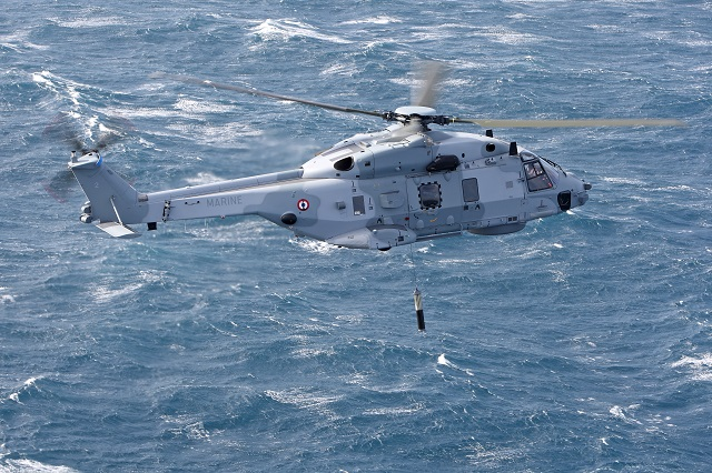 Armée Française / French Armed Forces - Page 39 French_Navy_NH90_NFH_Caiman_Helicopter_sonar