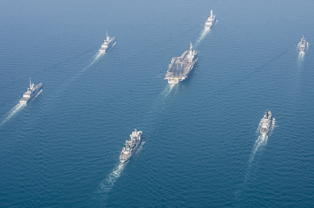 The French Navy (Marine Nationale) has released a series of nice pictures showing the Charles de Gaulle Carrier Strike Group (CSG) underway in the Arabian/Persian Gulf. The French CSG is currently is currently deployed in the area in support of coalition operations against Daesh in Iraq and Syria.