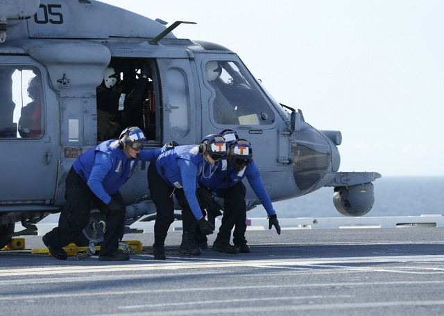 "Gerald R. Ford and ""Sea Knights"" Provide MEDEVAC Support During Sea Trials"