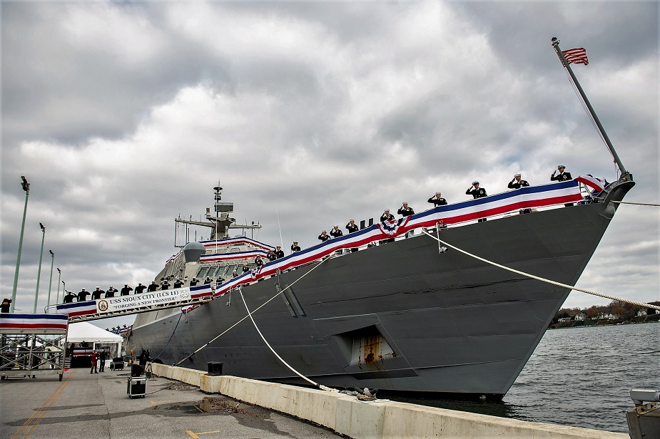 U.S. Navy Commissions Littoral Combat Ship 11 Sioux City