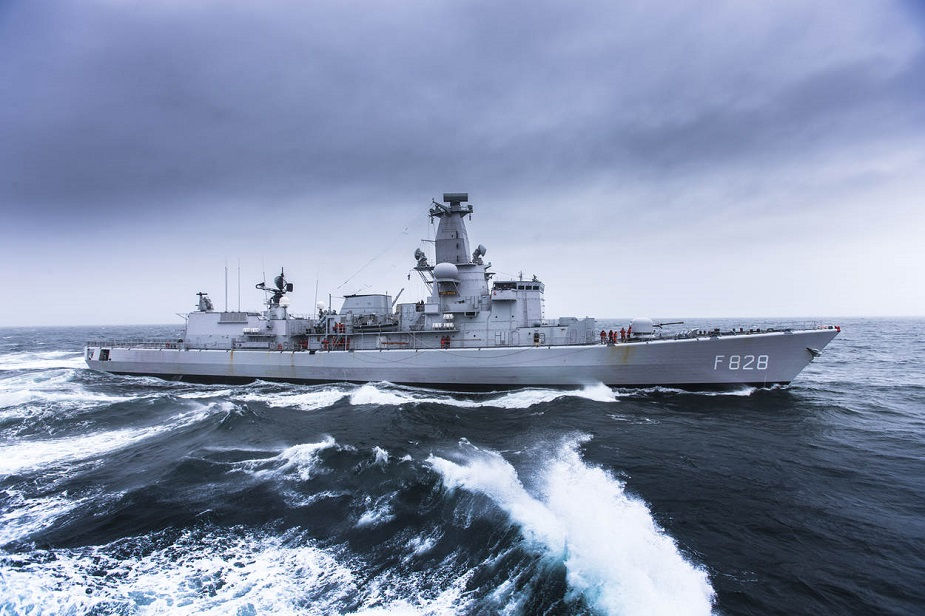 The M frigate Sr. Ms. Van Speijk during exercise Joint Warrior in Scottish waters (April 2014).