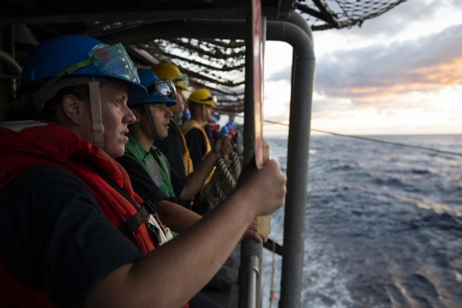 Sioux Falls sailor participates in exercise on the USS San Jacinto 925 002