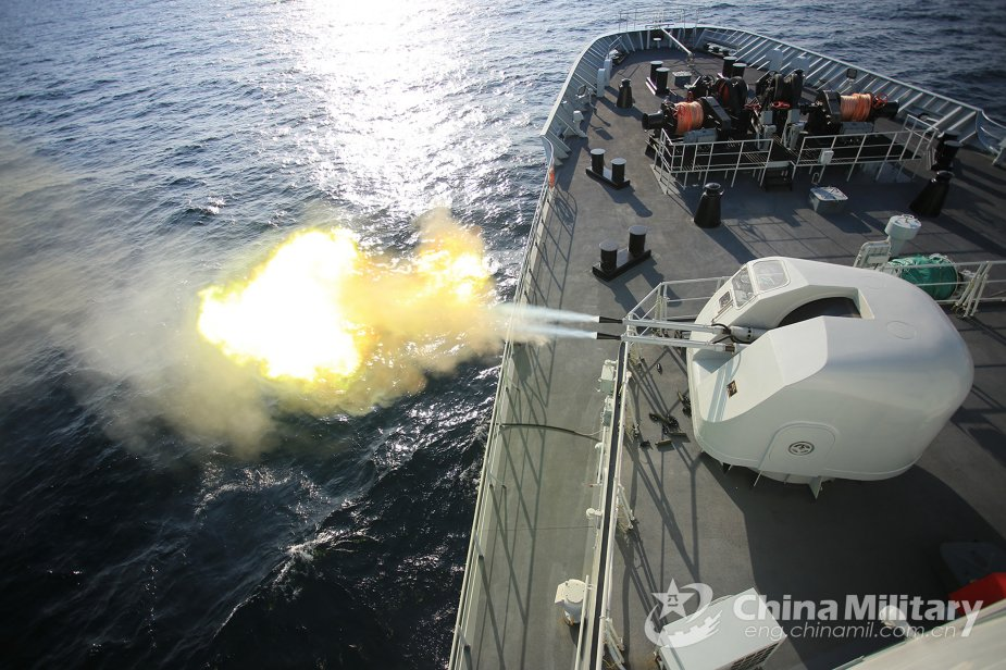 Chinese Navy ships conduct real combat training in Gulf of Aden 925 001