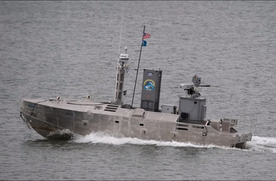 Navys First Unmanned Surface Vessel equipped with FN Herstal Sea DeFNder 925 002