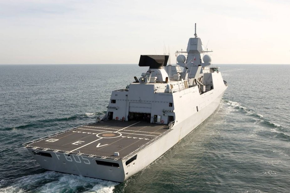 http://www.navyrecognition.com/images/stories/news/2021/april/HNLMS_Evertsen_will_join_the_UK_Carrier_Strike_Group.jpg