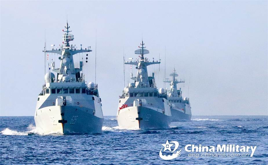 http://www.navyrecognition.com/images/stories/news/2021/january/Chinese_Navy_corvettes_Type_056A_Jiangdao-class_conduct_naval_exercise_in_South_China_Sea_925_001.jpg