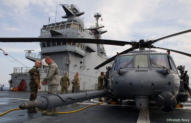 USAF_HH60G_Pave_Hawks_detached_onboard_French_Navy_Tonnerre_LHD_3.jpg