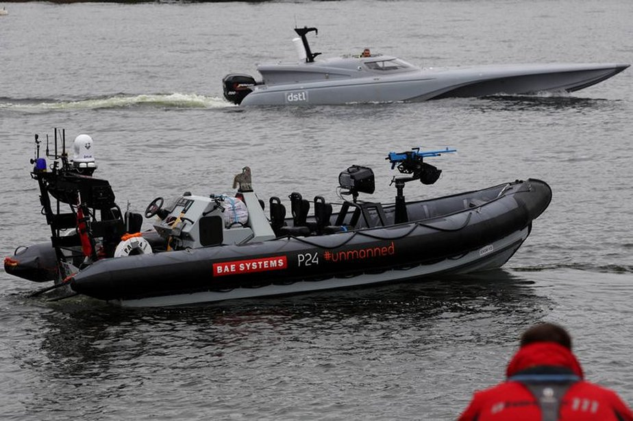 DSEI 2019 Trials involving HMS ARGYLL with autonomous PAC24 RIB 925 001