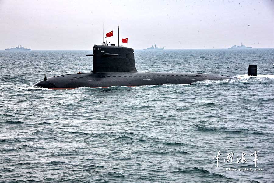 China reveals pictures of its first generation SSN and SSBN