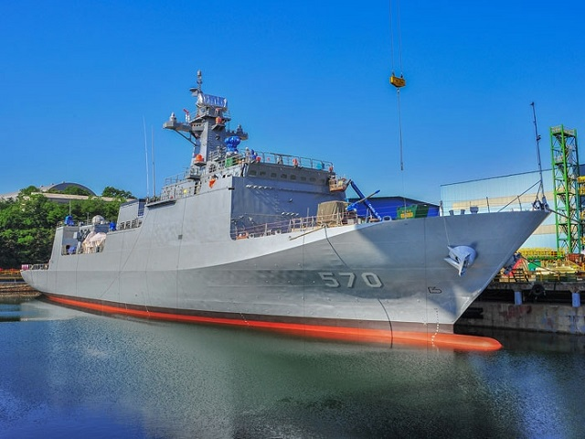 South Korean shipyard Hyundai Heavy Industries (HHI) launched the first MLS-II class anti-submarine warfare (ASW) minelayer for the Republic of Korea Navy (ROK Navy) on May 28th. MLS-II Nampo has a lenght of 114 meters, 17 meters in width and 28 meters in depth for a displacement of 3,000 tons. Its crew complement is 120. Nampo is expected to be delivered to the ROK Navy by October 2016 following final outfitting and sea trials.