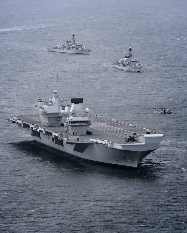 Royal Navy Frigates HMS Queen Elizabeth 1
