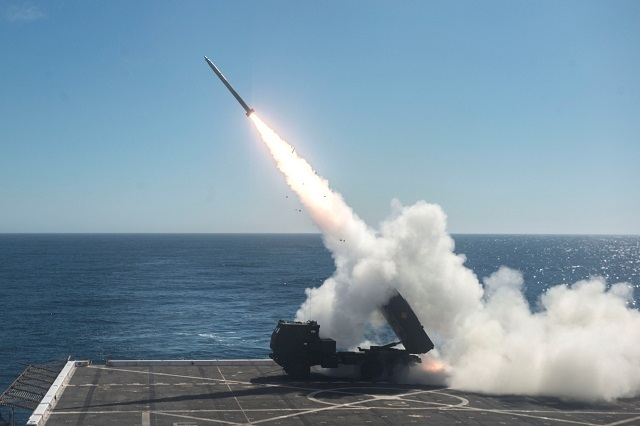 HIMARS MLRS Test Fired from US Navy LPD USS Anchorage