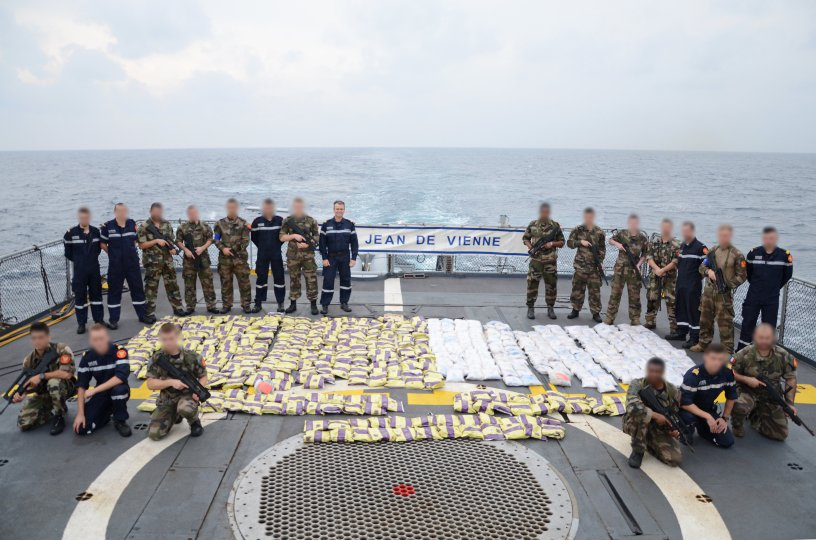 French Navy Frigate Jean de Vienne Seize Drugs in Support of CTF 150 1