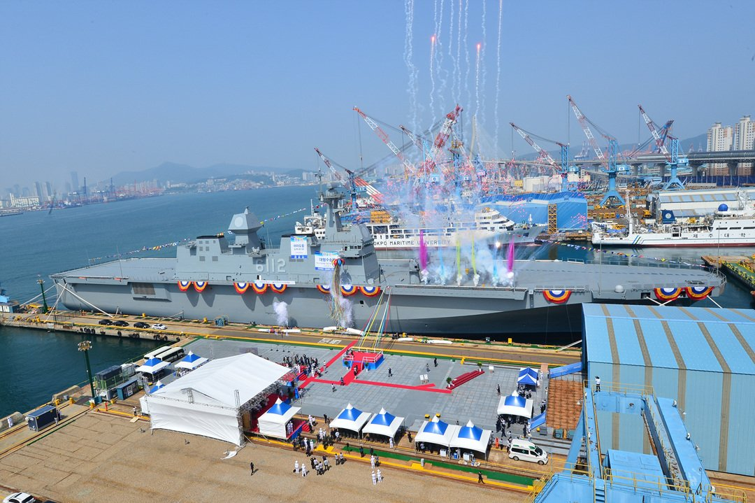 https://www.navyrecognition.com/images/stories/news/2018/may/South_Koreas_HHIC_Launched_V-22_Capable_LPH_Marado_for_ROK_Navy_1.jpg