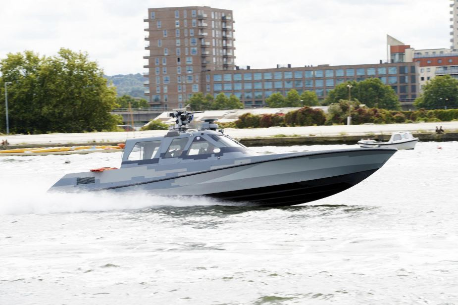 Live waterborne demonstrations on the Royal Docks at DSEI 2019 925 001
