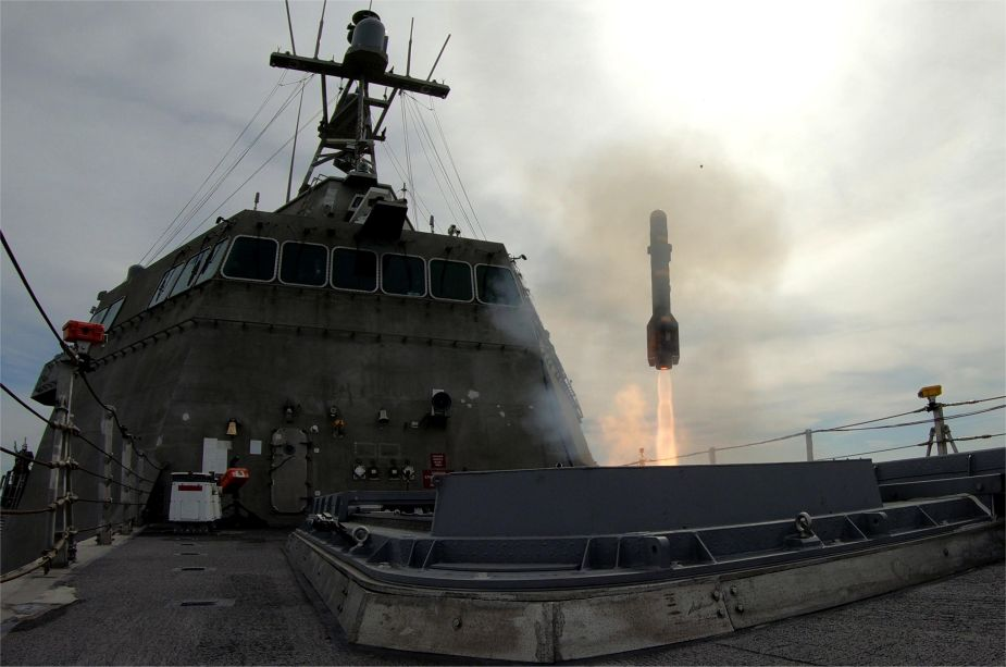 US Navy successful test firing of the ships Surface to Surface Missile Module SSMM 925 001