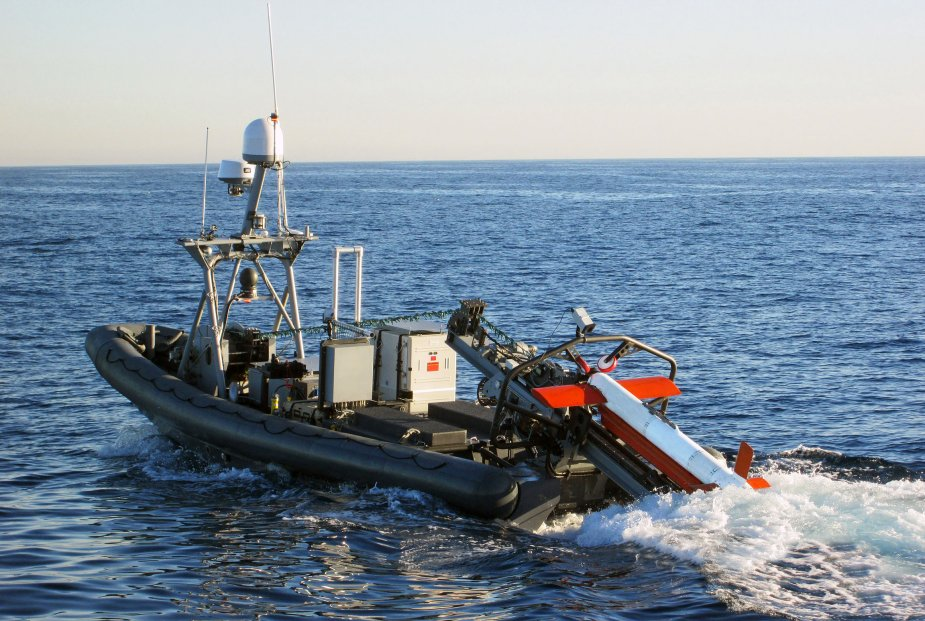 Northrop Grumman Operates AQS 24 Minehunting Sonar at Depths Over 400 Feet 925 001