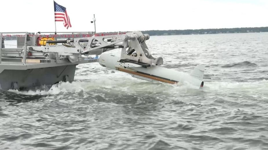 Raytheon delivered 10th aqs 20c minehunting sonar to us navy
