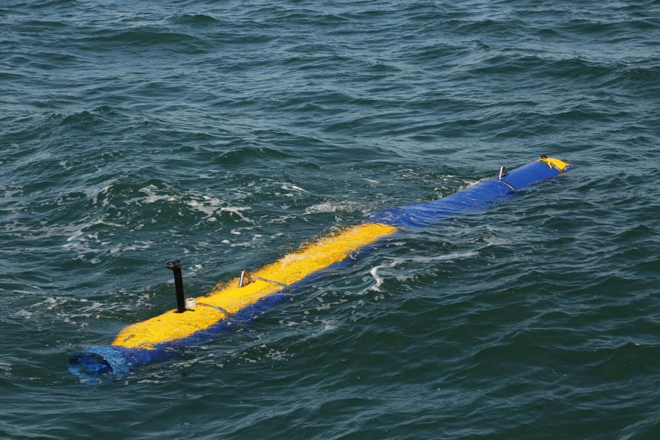 The U.S. Navy is investing in Mine Countermeasure unmanned vehicle Knifefish program 925 002