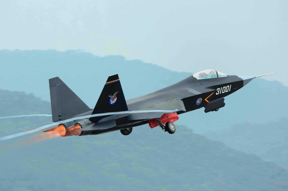 Chinese FC 31 Stealth Fighter to possibly enter service in the PLA Navy 925 001