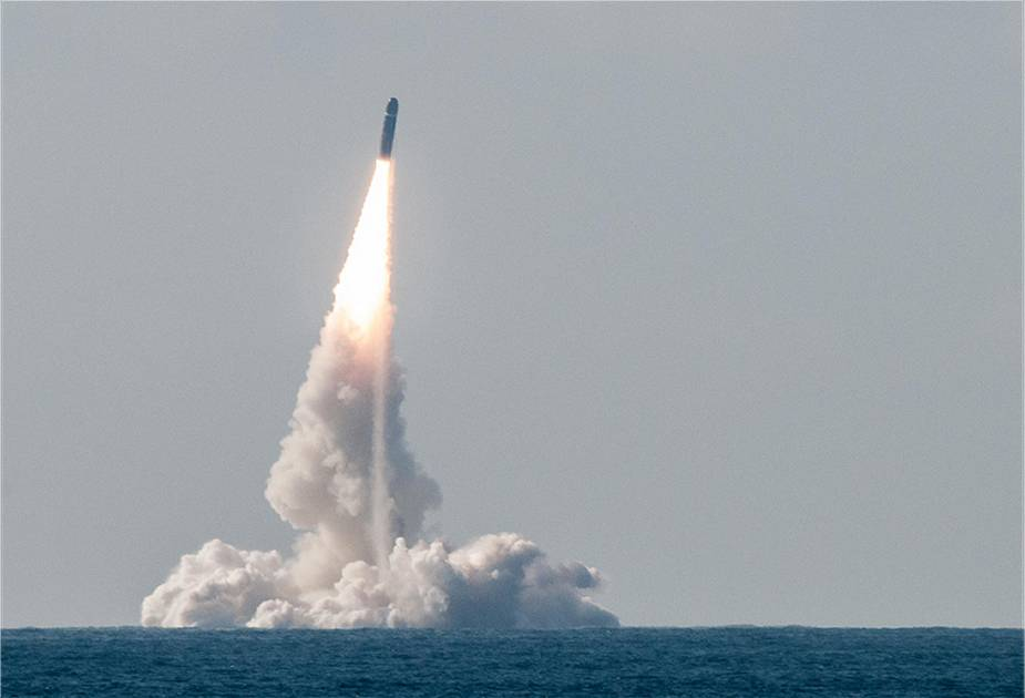 French Navy conducts test fire of M51 ballistic missile from Le Temeraire SSBN ballistic missile submarine 925 001