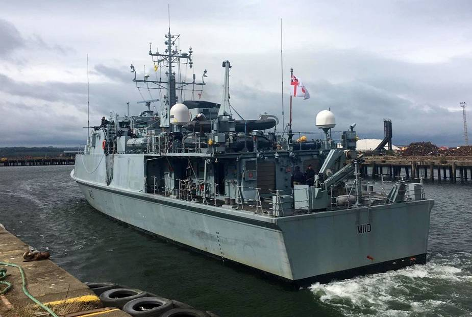 British Navy Sandown class Minehunter HMS Ramsey M110 joins NATO minehunting force in Baltic 925 001