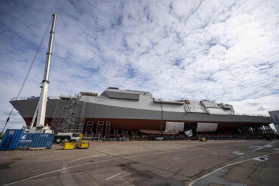 https://www.navyrecognition.com/images/stories/news/2021/may/The_Aft_block_of_HMS_GLASGOW_Type_26_frigate_to_join_the_forward_block_925_001.jpg